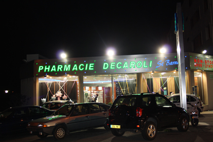 PHARMACIE DECAROLI
